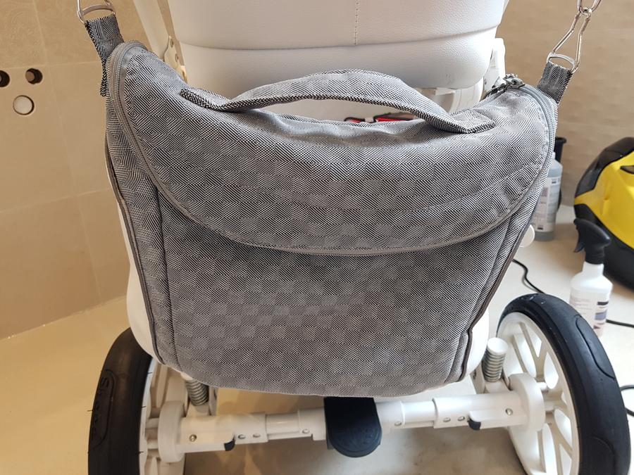 Wyczyszczona torba wózka