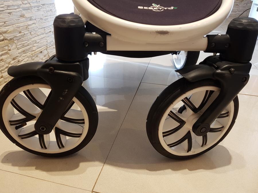 stelaż wózka wyczyczony, czyste kółka